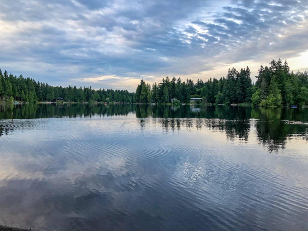 Scenic of Beaver Lake in King County