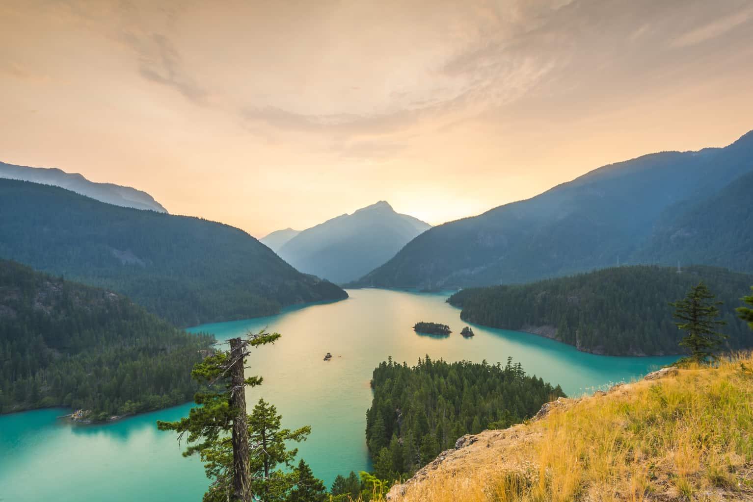 scenic sunset view of lake diablo