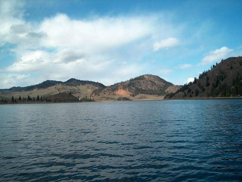 scenic photo of wannacut lake