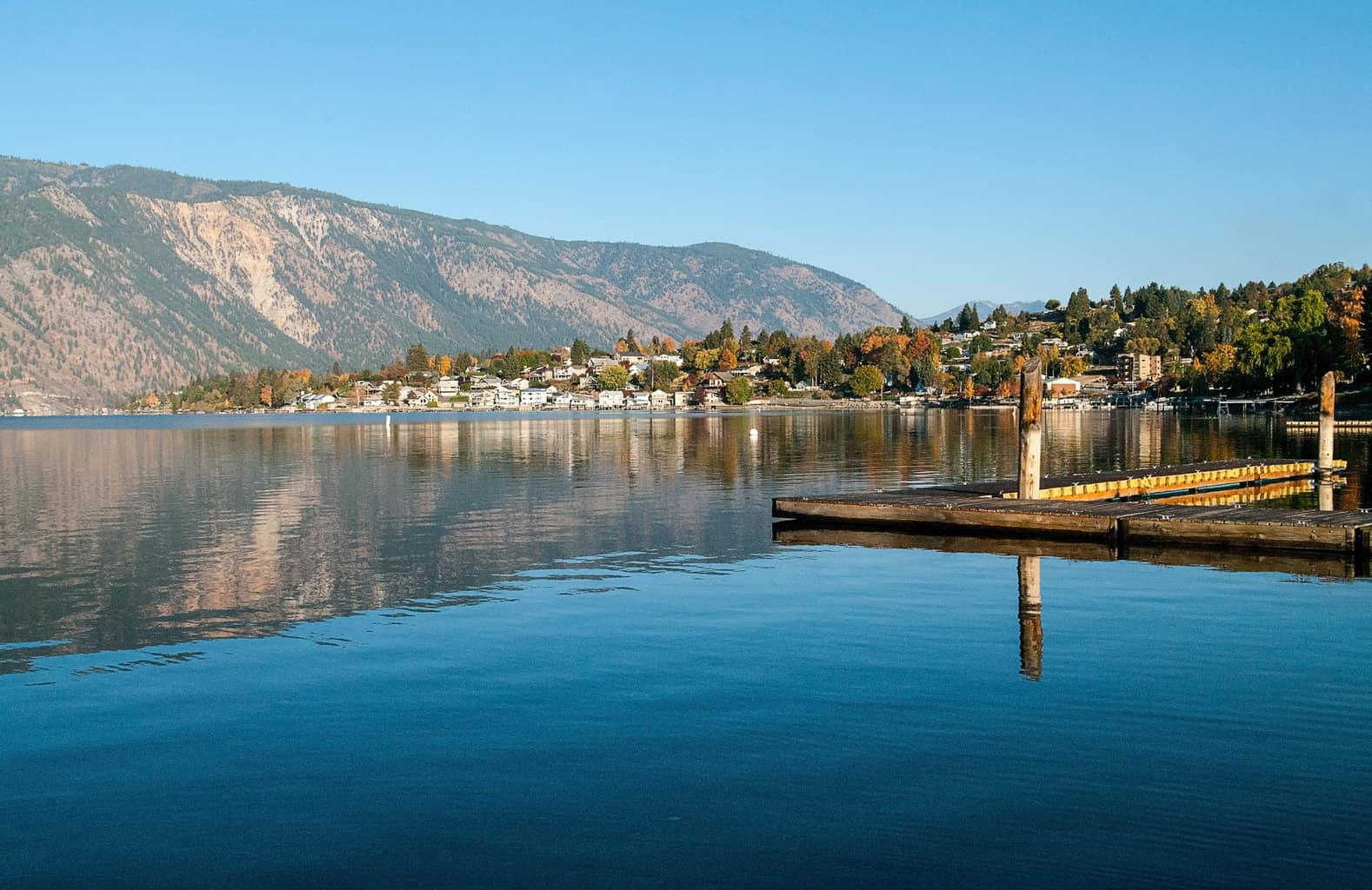 boat docks at lake chelan, one of washington state's best fishing lakes.
